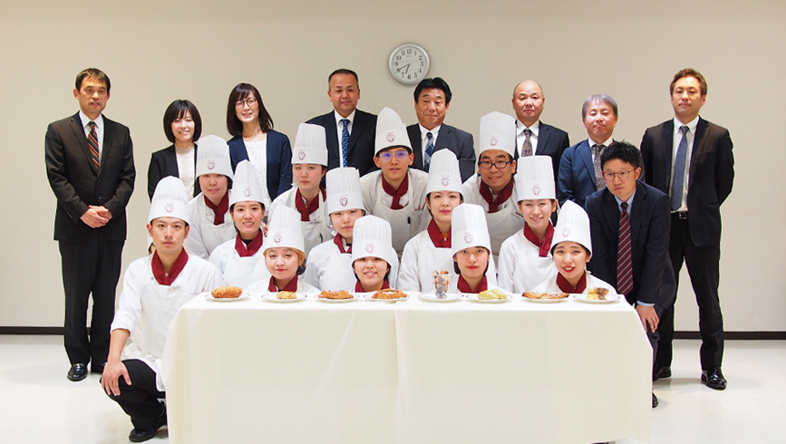 産学共同プロジェクト「MADE IN 福岡パンを世界に発信!」第1回審査会を実施